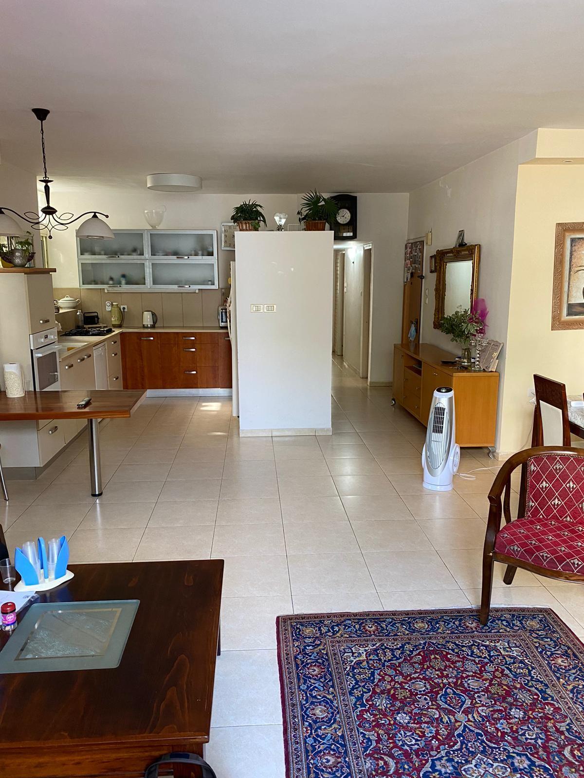 דירה ל השכרה 4 חדרים ברמת גן
