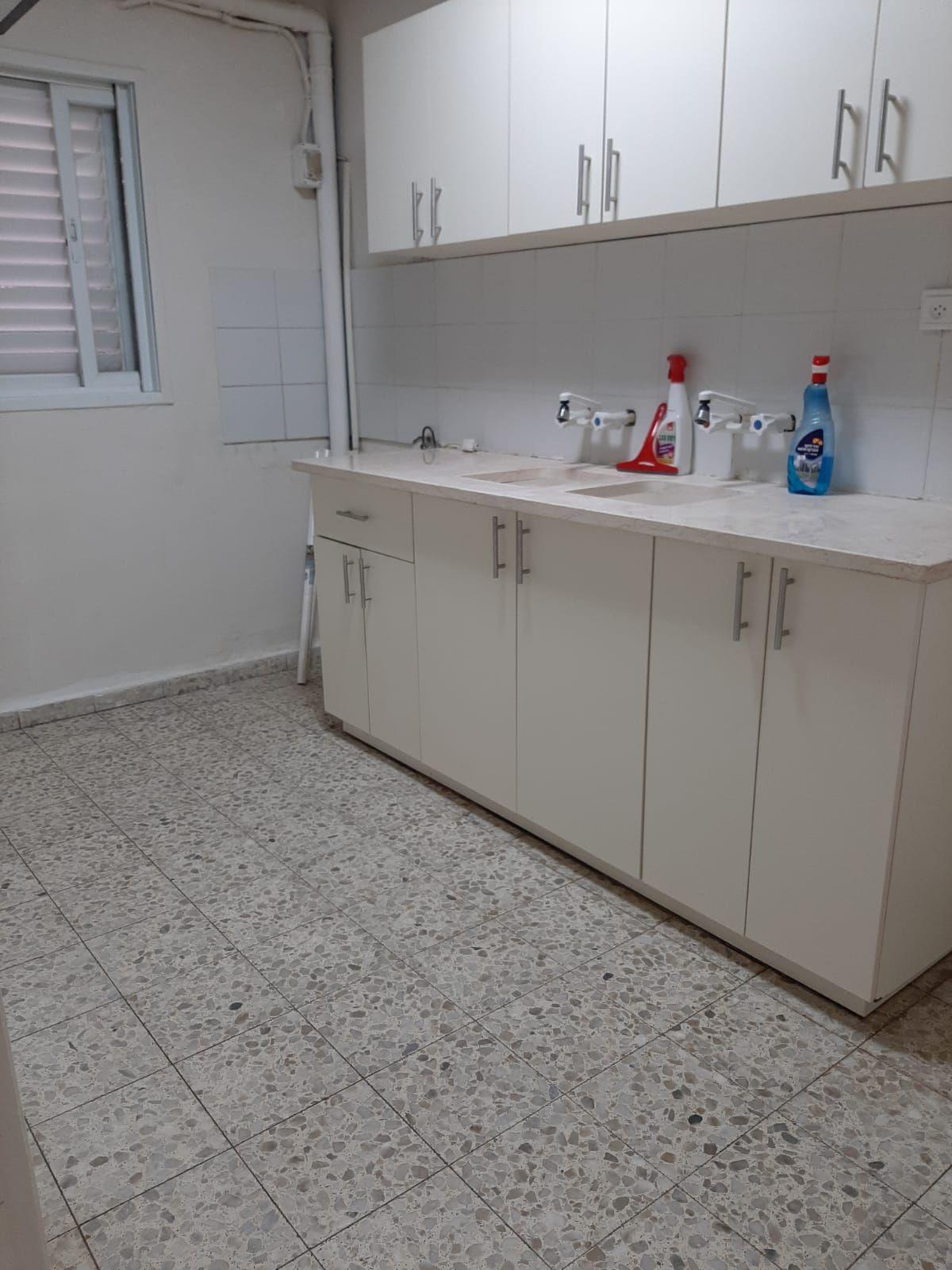 דירה ל השכרה 2.5 חדרים בבני ברק