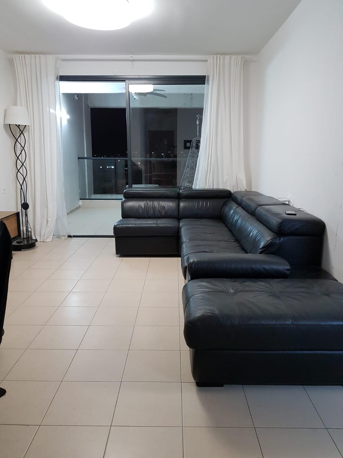 דירה ל מכירה 4.5 חדרים באלעד