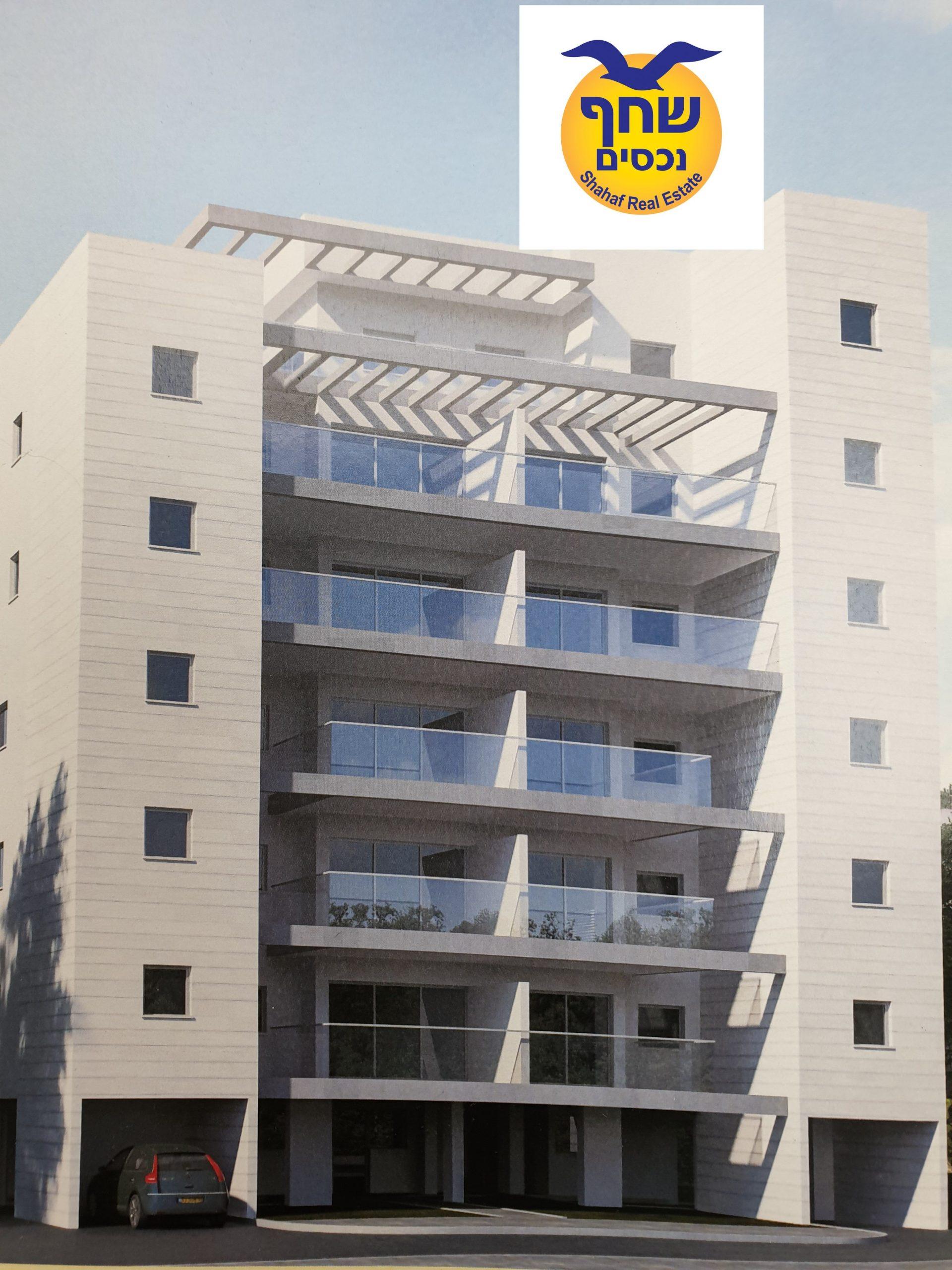 פנטהאוס ל מכירה 4 חדרים בפתח תקוה