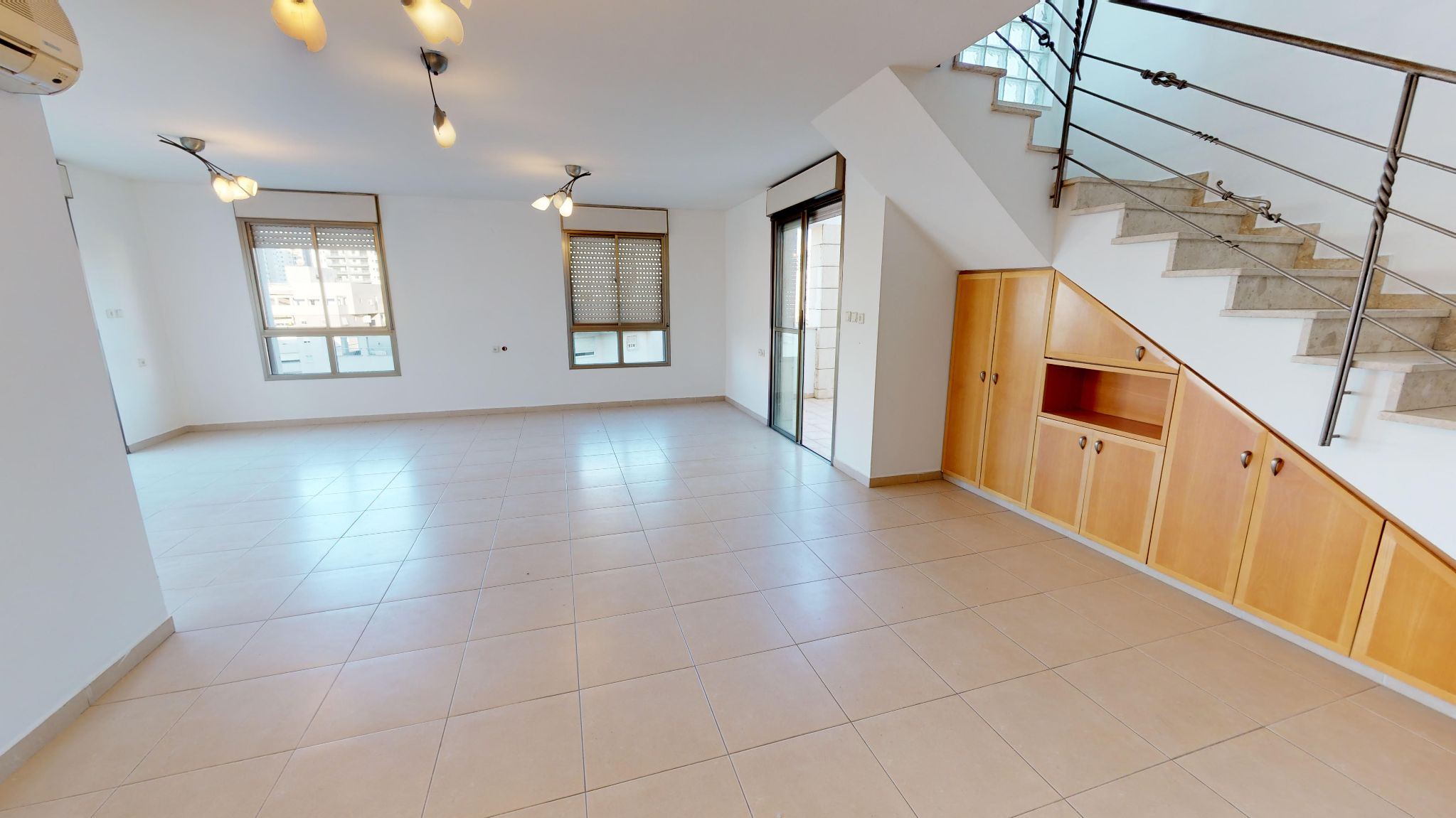 דופלקס ל מכירה 5 חדרים בפתח תקוה