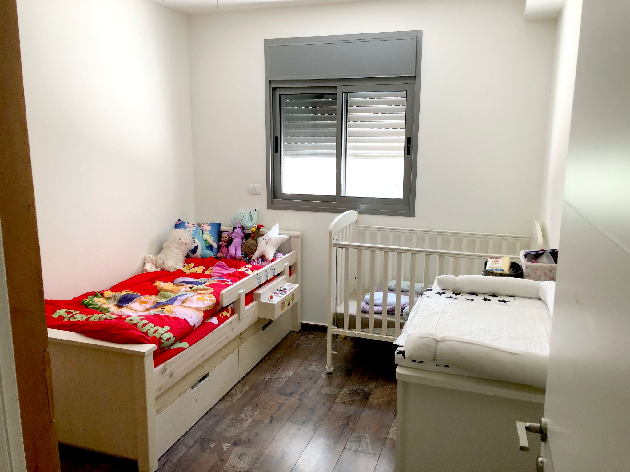 דירה ל מכירה 5 חדרים בפתח תקוה
